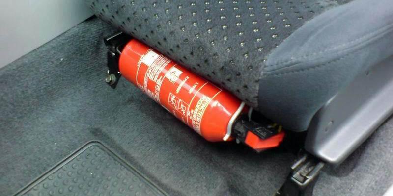 APAR Alat Pemadam Api Ringan Mobil Agen Pemadam Api